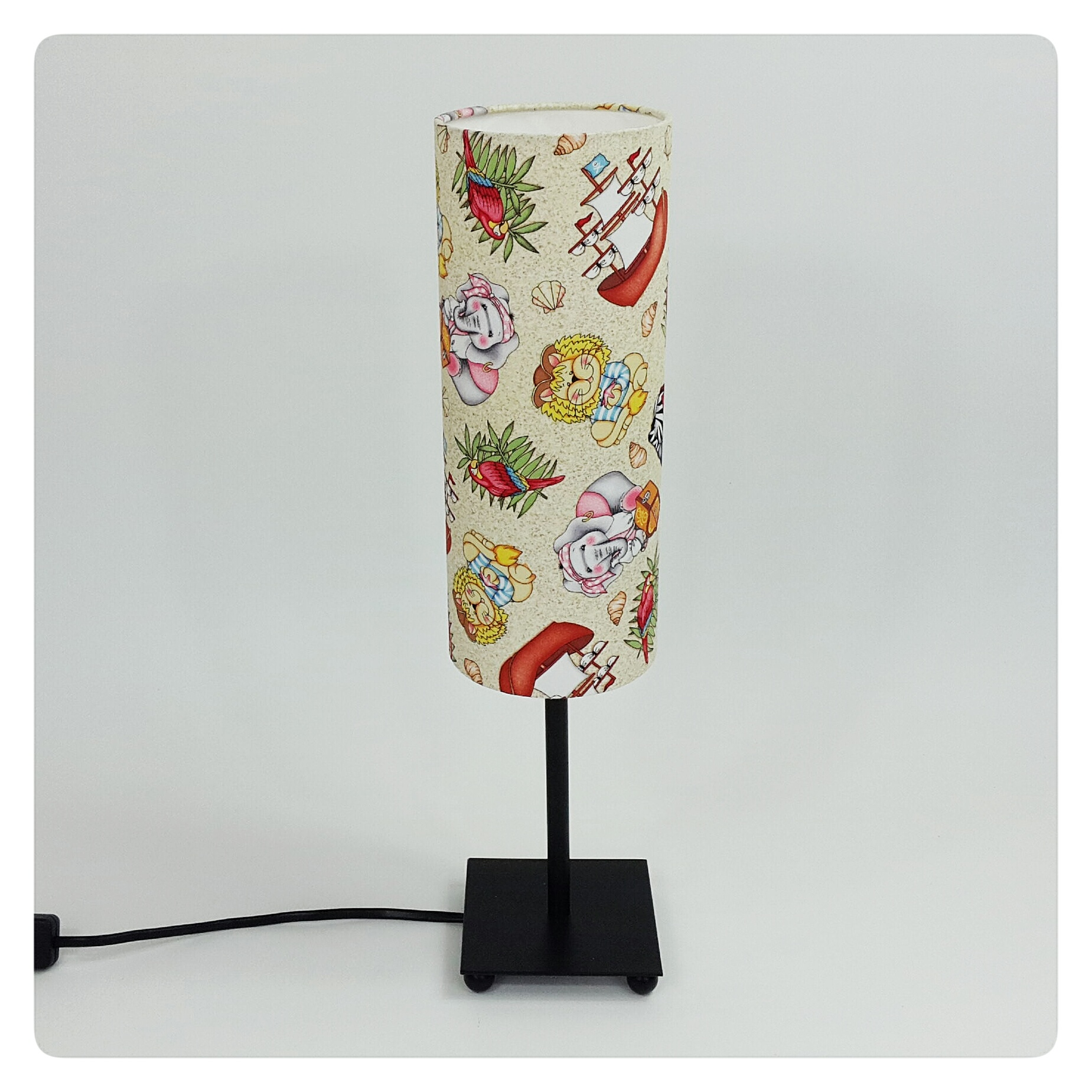 Lampe pirate for Lampe de chevet fillette